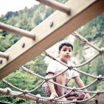 لهو الأطفال في حديقة بحيرة بلوسي الخلابة-انترلاكن