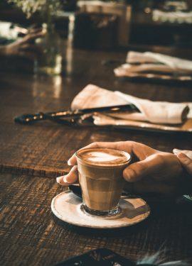 قهوة ويوتيوب و أشياء أخرى!